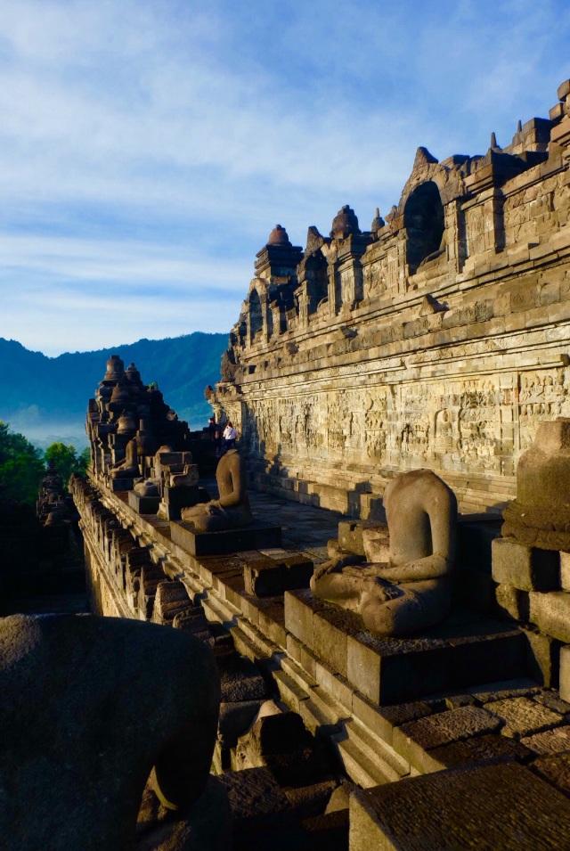 Borobodur tempel kl. 7 om morgenen
